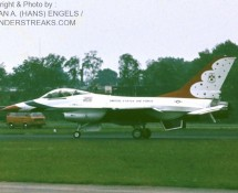 f-16a-81-0677-thunderbirds-5-soesterberg-12-6-1984-j-a-engels