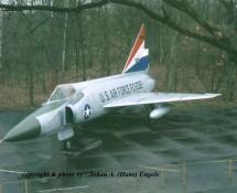 F-102 Delta Dagger 61032 (HE)