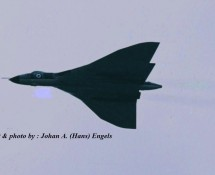 avro-vulcan-raf-fly-by-beauvechain-25-6-1972-j-a-engels
