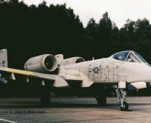 a-10 thunderbolt II-77-233-wr-usafe-81tfw-twenthe-15-9-1979-j-a-engels