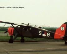 de-havilland-canada-beaver-s-8-met-322-sq-embleem-soesterberg-3-6-1972-j-a-engels