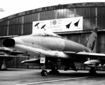 F-100 (HE)