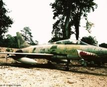 f-100f-super-sabre-11-yh-63937-franse-lm-savigny-26-8-1990-j-a-engels