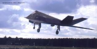 F-117 Nighthawk . USAF . 1993 (HE)