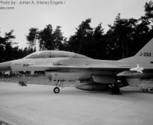 f-16b-j-260-322-sq-soesterberg-31-8-1984-j-a-engels