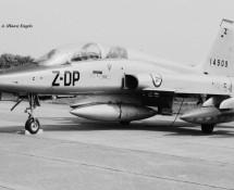 northrop f-5b-14909-dp-z-noorse-lm-beauvechain-27-6-1970-j-a-engels