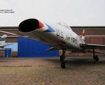 F-100 Super Sabre 41871 (HE)