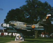 f-84f belg.lm fu033(3r-b) s/n 27192-poortwachter-chièvres 1987-j-a-engels