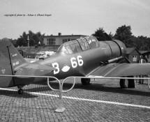 harvard-b-66-k-lu_-gecamoufleerd-soesterberg-open-dag-17-6-1967-j-a-engels