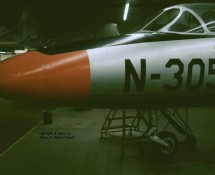 Hawker Hunter T.7 N-305 (HE)