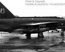 lightning-f-2-xn784r-19sq