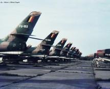 line-up (R)F-84F-s Koksijde 1971 (HE)