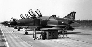 rf-4c-phantom-zr68595-26trw38trs