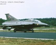 saab-draken-tf35-at-158-deense-lm-twenthe-3-7-1987-j-a-engels