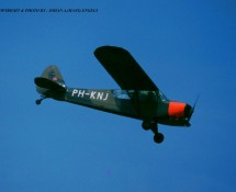 (warbird)Piper Super Cub PH-KNJ (ex K.Lu.) Eindhoven 7-1993 J.A.Engels