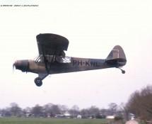 (warbird)Piper Super Cub PH-KNL (ex KLu ) Hilversum 24-4-2001 J.A.Engels