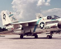154452/402, A-7B Corsair II of VA-87 USNavy (FK)