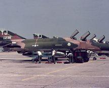69-238, F-4E USAF 401 TFW (FK)