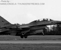 f-16b-j-650-311-sq-vkl-19-10-1983-j-a-engels