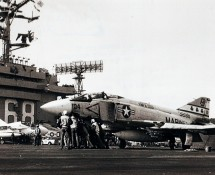 McDonnell F-4 Phantom II , U.S.Navy (official U.S.Navy photograph)