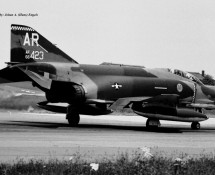 rf-4c-66-423-ar-32-trs-usafe-florennes-14-6-1973-j-a-engels