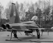 northrop-canadair-nf-5a-k-3059-313-sq-twt-5-3-1975-j-a-engels