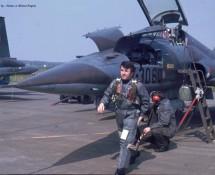 northrop-canadair-nf-5a-k-3060-314-sq-vlieger-crew-chief-ehv-24-4-1973-j-a-engels
