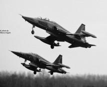 northrop-canadair-nf-5b-k-4008-nf-5a-k-3014-twt-5-3-1975-j-a-engels