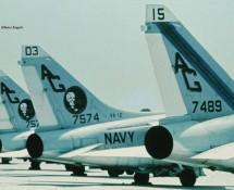 a-7-corsair II-157574 (403) -en-157489 (315)-usn-istrana-7-1973-coll-j.a.engels