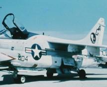 a-7-corsair II-157578-(404)-usn-istrana-7-1973-coll-j.a.engels