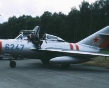 (warbird) mig-15-uti-lim-3-g-omig-oostmalle-belgie-1996-j-a-engels
