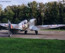 (warbird) supermarine-spitfire-vz-m pv202 g-trix-oostmalle-belgie-4-9-1993-j-a-engels