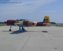 yahkolev-yak52-painted-in-desert-camo