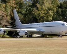 Boeing EC-135N 61-0327 (FK)