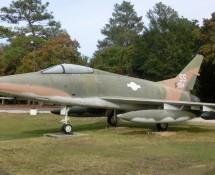 NA F-100C Super Sabre (FK)