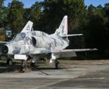 A-4L Skyhawk Marines 145077 (FK)