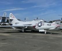 Grumman F-9J131230 401:O
