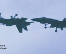 F-18 Hornet USN Blue Angels 2x formatie Leeuwarden 16-6-2006 J.A.Engels