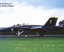 F-18 Hornet USN Blue Angels 7 (tweezitter) Leeuwarden 16-6-2006 J.A.Engels