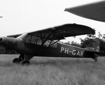 R-161 as PH-GAR at Keiheuvel (FK)