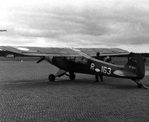 R-163 white at Soesterberg (FK)