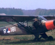 R-181 as PH-GAU at Soesterberg in 1995 (HE)