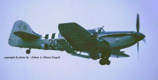 (warbird) Fairey Firefly WB271 (HE)