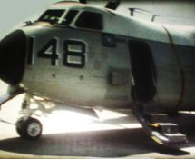 Grumman Greyhound , U.S.Navy before departure from Sigonella (HE) ( Super 8 movie)