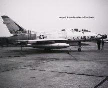 F-100D 52818 (HE)