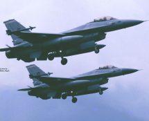 2 x F-16 K.Lu. 312 sq, (HE)