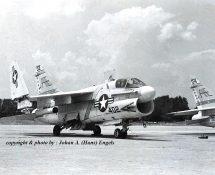 A-7 U.S.Navy 154452 402 (HE)
