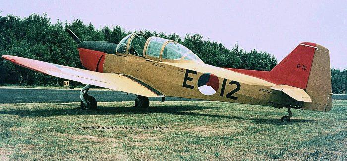 KLu : Fokker S-11 Instructor