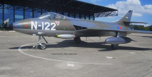 Hawker Hunter F.4 (HE)