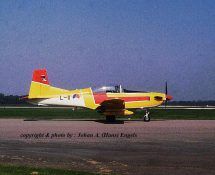 L-11 at Lelystad AP in 2004 (HE)